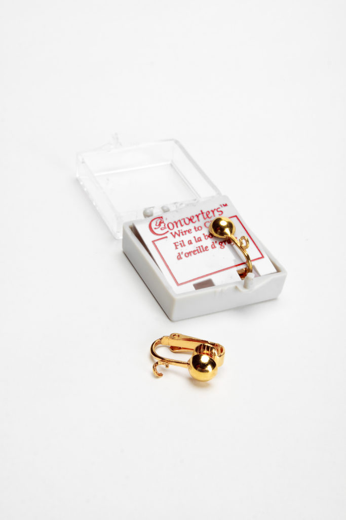 FCNG1051- Small Fish Hook Earring Converter Gold