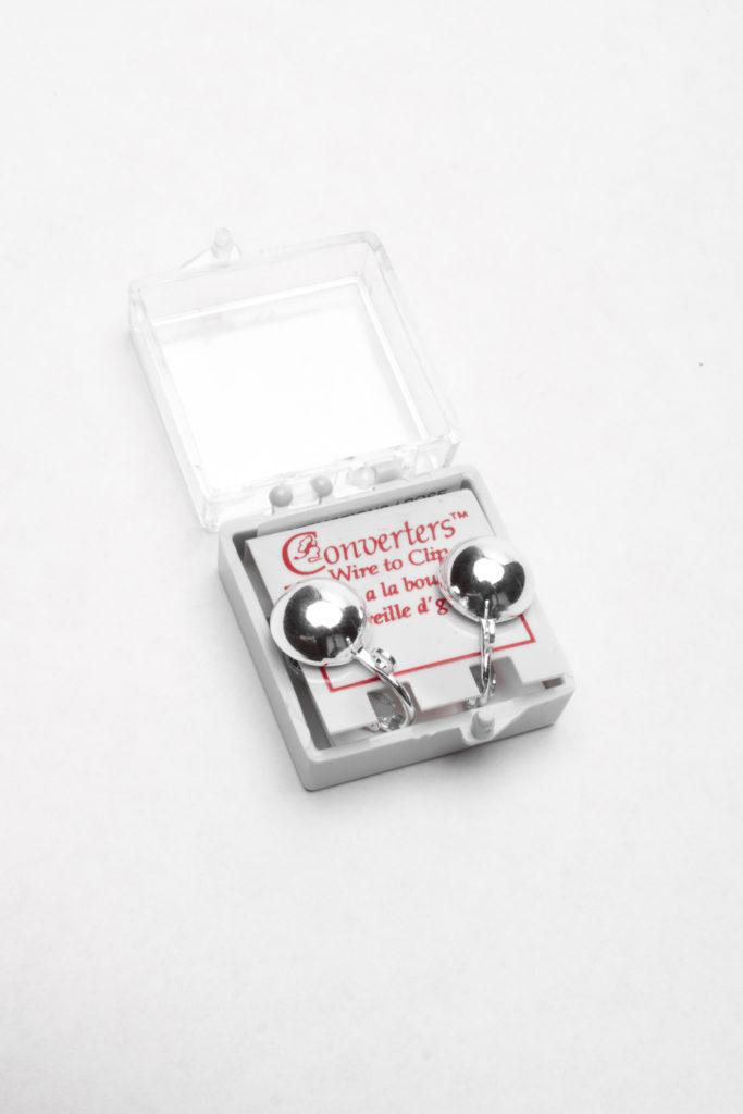 FCNR1052- Med. Fish Hook Earring Converter Silver